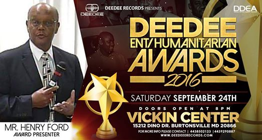 Award_Presenter_DeeDee